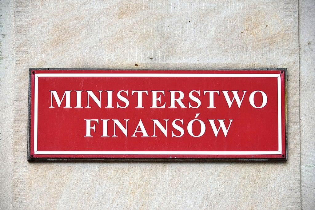 Ministerstwo_Finansów_tablica_przy_wejściu_ul._Świętokrzyska_12